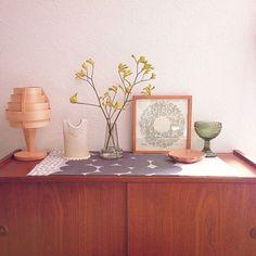 My Shelf,北欧,北欧雑貨,ヤコブソンランプ,HOLMEGAARD,フローラ ホルムガート,カンガルーポー tomottの部屋 Room Interior, Interior Design, Japanese House, Floating Nightstand, Cabinet, Storage, Modern, Table, Furniture