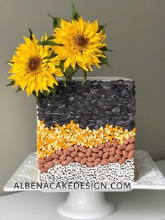 Inspired by the Sun - cake by Albena Unique Cakes, Elegant Cakes, Creative Cakes, Sun Cake, Wafer Paper Flowers, Sugar Flowers, Satin Ice Fondant, Beautiful Cake Designs, Sunflower Cakes