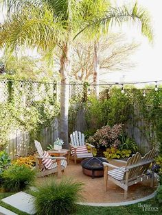 Front Yard Landscaping 50 Beautiful Small Backyard Landscaping Ideas - Do you have a small backyard? Many people do. Having a small backyard is not an excuse not to design it, though. On the contrary, a small backyard can look . Backyard Ideas For Small Yards, Small Backyard Design, Backyard Patio Designs, Small Backyard Landscaping, Landscaping Ideas, Backyard Seating, Landscaping Software, Diy Patio, Budget Backyard Ideas