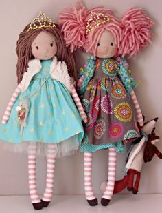 Ava e adia sisters fabricdoll ooak madewithlove Pretty Dolls, Cute Dolls, Doll Crafts, Diy Doll, Doll Toys, Baby Dolls, Easter Toys, Sewing Projects For Kids, Sewing Dolls