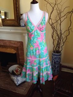 LILLY PULITZER Pink & Green Floral DRESS WOMENS SIZE 4 SLEEVELESS SPRING EASTER #LillyPulitzer #Sheath #Casual #palmbeach #spring #summer #sundress #pink #green #dress #sizefour #4