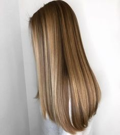 49 hottest hair color trends for 2019 new hair color ideas 23 – JANDAJOSS. Brown Blonde Hair, Blonde Honey, Honey Hair, Balayage Hair, Honey Balayage, Brown Balayage, Haircolor, Hair Day, Gorgeous Hair