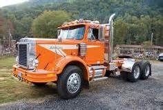 white autocar - Yahoo Search Results Chevy Trucks Older, Old Pickup Trucks, Classic Chevy Trucks, Big Rig Trucks, Semi Trucks, Cool Trucks, Mack Trucks, Heavy Duty Trucks, Heavy Truck