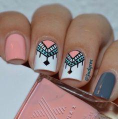 Cinza e rosa unhas cinzas, melhores unhas, unhas decoradas faceis, unhas pintadas, Aztec Nail Art, Tribal Nails, Geometric Nail, Tribal Nail Designs, Nail Art Tribal, Simple Nail Art Designs, Gorgeous Nails, Love Nails, How To Do Nails
