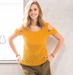 Découvert au niveau des épaules, ce joli pull coloré est crocheté en Laine DETENTE coloris bouton d'or.