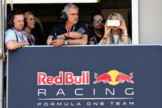 Declan Donnelly Photos - Manchester United manager Jose Mourinho of Portugal watches the action from the Red Bull Racing garage with Declan Donnelly during qualifying for the Monaco Formula One Grand Prix at Circuit de Monaco on May 27, 2017 in Monte-Carlo, Monaco. - F1 Grand Prix of Monaco - Qualifying