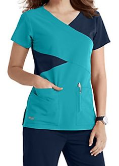 The Grey's Anatomy Signature mock wrap scrub top has detailed style lines and roomy pockets. Scrubs Outfit, Scrubs Uniform, Scrub Suit Design, Stylish Scrubs, Medical Uniforms, Uniform Design, Medical Scrubs, Polished Look, Work Clothes