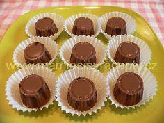 sm - oplatkové pralinky Mini Cakes, Advent, Muffin, Chocolate, Breakfast, Good Stocking Stuffers, Morning Coffee, Chocolates, Cupcakes