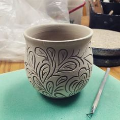 I've only managed to squeeze in a few minutes here and there so this pot is taking days to finish. It's a good reminder to myself though… Pottery Pots, Slab Pottery, Ceramic Pottery, Ceramic Texture, Clay Texture, Ceramic Techniques, Pottery Techniques, Ceramic Tableware, Ceramic Clay