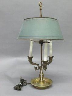 ANTIQUE ENGLISH TOLE BOUILLOTTE LAMP: : Lot 66