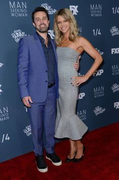 Rob McElhenney and wife Kaitlin Olson attend the red carpet event for FXX's Its Always Sunny in Philadelphia season 12 and Man Seeking Woman season 3 premiere at the Fox Bruin theatre in Westwood, on January 3, 2017. / AFP / CHRIS DELMAS