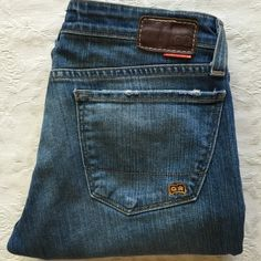 "Big Star Boot Jeans 29L BIG STAR Boot Jeans size 29 L, inseam 35"", rise 8"", zip & button fly. Classic 5 pockets. 99% cotton 1% spandex. Made in USA South Gat California. GREAT pre-loved condition. Big Star Jeans Boot Cut"