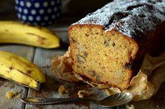 Proste ciasto marchewkowe z bananami, puszyste, miękkie, przyjemnie pachnące. Łatwe w przygotowaniu. Idealne na spotkania przy kawie i herbacie. Shake, Bread, Baking, Desserts, Blog, Tailgate Desserts, Smoothie, Patisserie, Brot