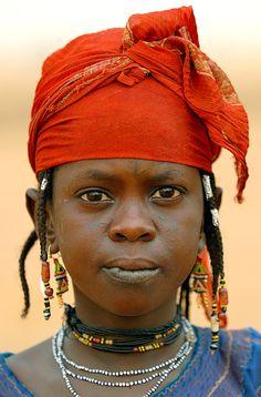 Africa   Portrait of a Fulani/Peul girl. Burkina Faso   © Sergio Pessolano