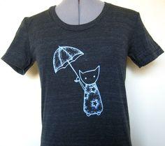 Vintage T Shirt Cat with an Umbrella American Apparel. $18.00, via Etsy.