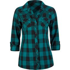 To look refreshing and boyish at the same time, it's a good idea to wear a green plaid shirt.