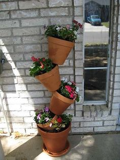 Instructables user jholland made a how-to for this lovely tower of flower pots. It's great for when you have limited square footage, and also has an intere