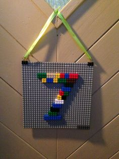 Lego-Party Lego decoration - a nice idea for the next children's birthday party to the motto Leg Lego Decorations, Cheap Party Decorations, Diy Birthday Decorations, Elegant Birthday Party, Birthday Party Tables, Birthday Fun, Birthday Ideas, Lego Party Games, Lego Themed Party