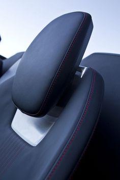 Audi e-tron Spyder Car Interior Sketch, Car Interior Design, Interior Design Sketches, Automotive Design, Future Concept Cars, Motorcycle Design, Car Detailing, Chair Design, Luxury Cars