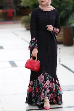 discount clothes Gypsy Modest Dress fashion online discount clothing stores woman in islam arabian abayas islamic Abaya Dress Greyamp;Maroon The post Gypsy Modest Dress fashion online discount clothing stores woman in islam arabia appeared first on Dress. Islamic Fashion, Muslim Fashion, Modest Fashion, Fashion Dresses, Ladies Fashion, Fashion Fashion, Womens Fashion, Fashion Tips, Fashion Trends