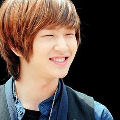 Lee Jinki... There is a reason why your stage name Onew means soft. You are a funny adorable leader who never fails to make me feel happy. You are a wise person with a mature attitude and SHINee is NEVER the same without its beautiful leader. You're voice is like honey; it's smooth, warm and soft like you. I love all the things about you, from your sangtae to your handsome, sexy, or cute face, you are my ultimate bias! I hope that your birthday is filled with happiness! Saranghae! <3