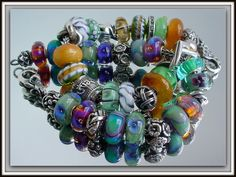 Incredible beads on Trollbeads Gallery Forum...join us! These colors are absolutely intoxicating!cs