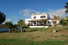 www.facebook.com/PauloBaptistaERA  3 Bedroom exquisite portuguese farmhouse. Kitchen Equiped. Fire Place. Plot (12.600 m2). Garage. Yard. Garden. Surrounded by agricultural lands and only 2 km from the beach. Must be seen