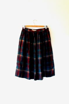 Checked tartan skirt / dark green / maroon / rust orange / vintage / 90s / wool mix / autumn / winter / gathered / button midi length skirt