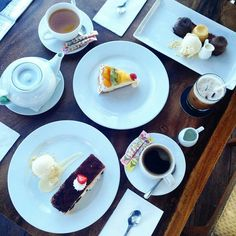 We made it to weekend, peeps! Enjoy our afternoon tea package with only 50K nett taste a mouth watering dessert with expansive and remarkable city & sea view 📞 3620800  #on20makassar | on20makassar.com