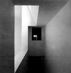 Álvaro Siza | Centro Galego de Arte Contemporaneo | Santiago de Compostela, España | 1988-1993