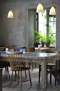 Interior:Concrete Wall Design For Vintage Decoration Dining Room Wth Old Wooden Table Design And Nice Chairs Also Pendant Lamps Vintage Idea. Design Café, Cafe Design, House Design, Design Hotel, Dining Area, Kitchen Dining, Dining Table, Dining Rooms, Transitional Kitchen