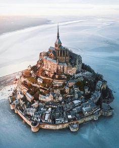 utwo: Mont Saint Michel France m. Mont Saint Michel France, Mt St Michel, Beautiful Castles, Beautiful Places, Places To Travel, Places To See, Destinations, Visit France, Beaux Villages
