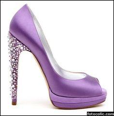 Mor Renkli Yüksek Topuklu Ayakkabı Modeli 2012