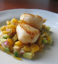 Tequila Scallops with Mango Relish