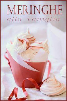 Dolcizie... le mie dolci delizie !: Piccole Meringhe - Ricetta Csaba dalla Zorza-