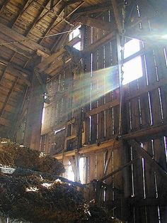 Shine a light on the old barn and voila