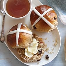 Easy Hot Cross Buns: King Arthur Flour