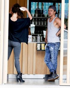 Does Derek Hough have a new girlfriend? The professional ballroom dancer and Nashville guest star was spotted with a mystery girl