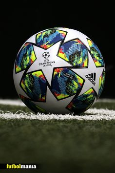 Balón adidas UCL - Do it yourself Nike Football Boots, Adidas Football, Football Soccer, Soccer Ball, Iphone Wallpaper Sports, Football Wallpaper, Lionel Messi Wallpapers, Ronaldo Wallpapers, Messi Champions League
