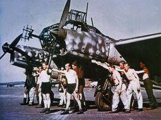 """Un Focke Wulf Fw 189A 1 """"NJG100"""" (W7+ B) equipado con un Radar FuG 212"""