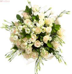 Un buchet ca un rasarit de soare, un inceput perfect pentru o zi minunata. Realizat cu grija, dar de o simplitate aparte, acest aranjament delicat de trandafiri albi si eustoma capteaza delicatetea celor doua tipuri de flori. Este un buchet plin de viata si de energie pozitiva, ca bucuria unei zile de duminica petrecuta in doi. Acest buchet contine trandafiri albi si eustoma alba. Este livrat de un reprezentant al florariilor locale, partenere Roflora, din tara sau de oriunde din… Spring Flower Bouquet, Spring Flowers, Spring Collection, Floral Wreath, Wreaths, Italia, Floral Crown, Door Wreaths, Deco Mesh Wreaths