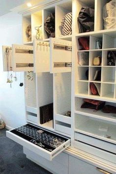 Best California Closets , Kitchen cabinets may be the absolute most important furniture in the most-used room in your property. Furniture is also significant in the feeling tha. Small Master Closet, Master Bedroom Closet, Bedroom Wardrobe, Diy Bedroom, Bedroom Small, Bedroom Closets, Master Bedrooms, Walk In Closet Design, Bedroom Closet Design