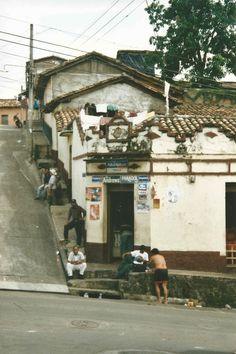 street corner society in Chalatenango, #ElSalvador