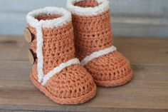Crochet Pattern for Winter Boots PDF pattern by Inventorium