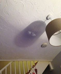 These Objects Are Innocuous, But Their Weird Shadows Tell A Different Story - ViralServ Like A Cat, Guys Be Like, Photos D'ombre, Creepy, Scary, Best Of 9gag, The Light Is Coming, Shadow Art, Bizarre