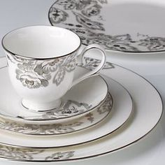 I need these! Lenox fine china...so beautiful