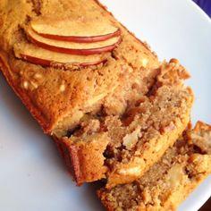 Receita de Bolo funcional de maçã, canela e nozes