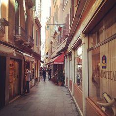 BEST WESTERN Hotel Montecarlo, Venedig, Italy via thatlalagirl via Instagram