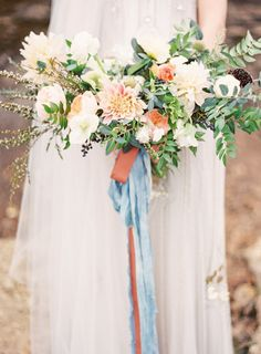 Earthy Lakeside Wedding Inspiration: http://www.stylemepretty.com/little-black-book-blog/2015/10/07/earthy-lakeside-wedding-inspiration/ | Photography: Kayla Barker - http://kaylabarker.com/