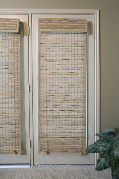 Bamboo shades and woven wood shades work well for any window. Browse our selection and choose bamboo woven wood shades that you like best! Blinds For French Doors, French Doors Patio, Blinds For Windows, Window Blinds, Shades For French Doors, French Door Curtains, Woven Wood Shades, Bamboo Shades, Sunroom Blinds